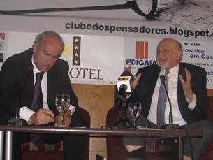 Medina Carreira com Joaquim Jorge no debate de encerramento do 7.º Ciclo do Clube dos Pensadores Foto: Cláudia Cruz