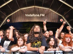 O palco Vodafone FM foi o pólo atrativo da noite Foto: Sara Pimenta