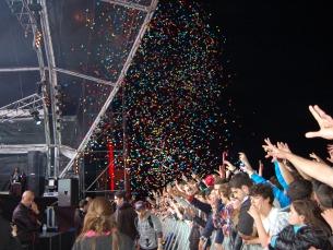O concerto dos Knife Party foi recheado de várias surpresas, que incluíram, por exemplo, confetti Foto: Ana Magalhães