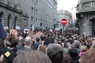 No Porto, a manifestação teve início na Praça da Batalha Foto: Catarina Gomes Sousa