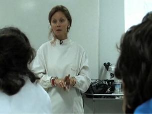 Jacinta Moreira dá aulas na Carolina Michaelis há 12 anos Foto: Ministério da Educação