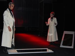 O Vampiro de Belgrado tem como protagonistas Isabel Nunes e Pedro Mendonça Foto: Diana Sousa