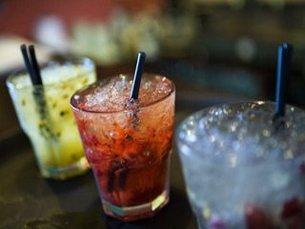 Consumo de álcool tem aumentado com a crise Foto: DR