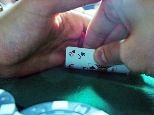 Os jogadores preferem jogar nos casinos devido ao dinheiro envolvido Foto: Melanie Antunes