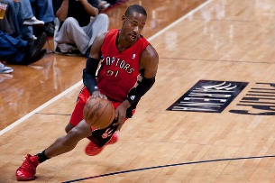 Terrence Ross (Toronto Raptors) vencedor do concurso de afundanços Foto: Mark Runyon/Basketball Schedule