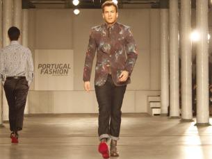 David Carreira foi o anfitrião da marca VICRI, que conquistou a Alfândega com a sua coleção masculina Foto: Ana Rita Sousa