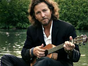 Eddie Vedder sobe ao palco do SBSR a 18 de julho, segundo dia do festival do Meco Foto: DR