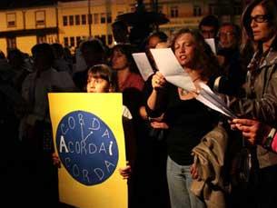Acordai foi o apelo mais ouvido, durante uma noite em que músicos e amadores se juntaram numa só voz Foto: Andreia Fernandes