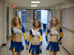"""Para entrar na festa, as raparigas devem vestir """"colegial"""", à semelhança do filme Foto: DR"""