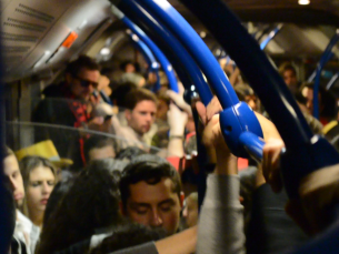 Durante a semana da Queima há autocarros vaivém gratuitos que ligam o recinto ao Pólo Universitário da Asprela e ao centro da cidade Foto: Fabiana Queirós de Oliveira