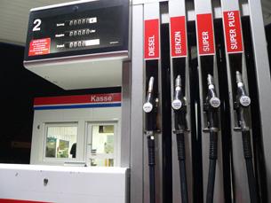 Desde Janeiro, a gasolina já aumentou dez cêntimos Foto: Arquivo JPN