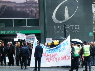 Os clientes do BPP aproveitaram as cerimónias do 31 de Janeiro para se manifestar Foto: Cátia Monteiro