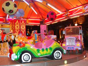 Os Aliados acolhem o Carnaval até dia 8 de Março Foto: Teresa Castro Viana