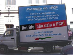 Semana de protesto do PCP contra a remoção dos cartazes terminou esta sexta