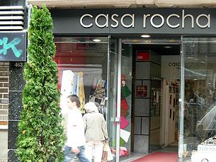 O comércio tradicional teve de adaptar às mudanças dos pós 25 de Abril Foto: Rosa Carvalho