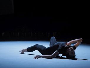 Danza Preparata conta com a bailarina Silvia Bertoncelli e com Rolf Hind no piano Foto: DR