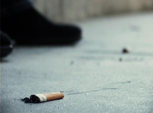 Nova lei proíbe fumar em locais que não cumpram determinados requisitos Foto: Ricardo Fortunato/Arquivo JPN