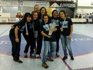 A equipa feminina de hóquei em patins da UP venceu a AAC por 8