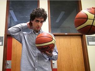 A competição de basquetebol masculino dos Campeonatos Universitários decorre de 8 a 11 de abril Imagem: JPN