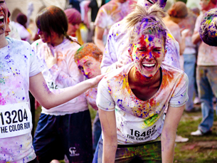 "A ""The Color Run"" está a chegar agora a Portugal. No Porto, já cativou muitos entusiastas Foto: The Color Run, via P3"