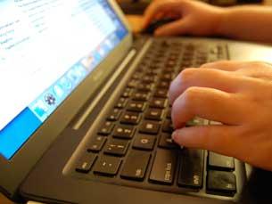 O governo britânico quer controlar a utilização da internet para investir crimes Foto: Arquivo JPN