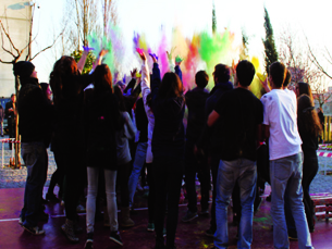 "A guerra de cores foi organizada pelos ""idiotas"" Foto: Tiago Leão"