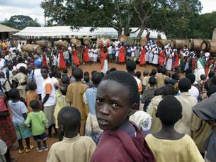 Conflitos armados e sida continuam a ser grandes obstáculos à distribuição da riqueza Foto: Mario Rizzolio/ONU