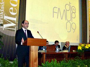 Manuel Pizarro presente na cerimónia de aniversário da FMUP, em 2009 Foto: Arquivo JPN