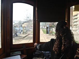 Diversos veículos vão desfilar na marginal da cidade do Porto Foto: Liliana Pinho