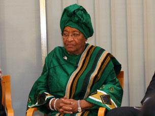 Ellen Sirleaf, Nobel da paz em 2011, defende a criminalização de atos homossexuais na Libéria Foto: