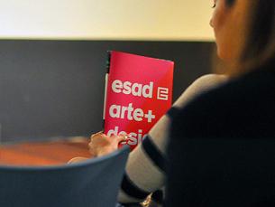 A Pop Up Shop vende artigos exclusivos feitos pelos estudantes de mestrado da ESAD Foto: imhugo/Flickr
