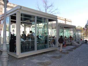 Com as novas regras, os bares só poderão estar abertos até às duas da madrugada Foto: Isabel Silva / Arquivo JPN