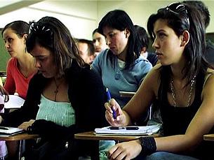 Até 2010, todas as universidades do país têm de ter implementado, a 100%, o Processo de Bolonha Foto: Liliana Rocha Dias / Arquivo JPN