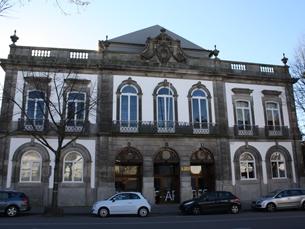 """Situada no centro do Porto, a FBAUP ocupa o antigo """"Palacete Braguinha"""", um edifício do século XIX Foto: Arquivo JPN"""