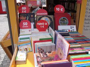 Os livreiros esperam que os portuenses comprem mais livros este ano Foto: Júlia Rocha