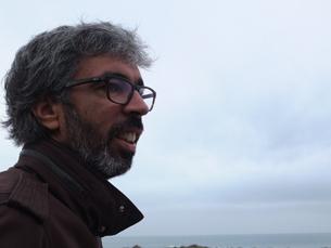 """Filipe tem 44 anos, estava desempregado e viu uma oportunidade de negócio na """"arte do desenrascanço"""" Foto: DR"""