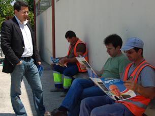 Jorge Machado explicou a trabalhadores camarários propostas da CDU Foto: Catarina Campos