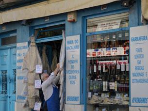 O comércio tradicional do Porto resiste e ainda não fechou portas Foto: José António Pereira