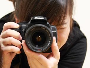 O novo regulamento já não obriga fotógrafos a darem uma cópia do trabalho na Queima das Fitas à FAP Foto: Akane Yamada/Flickr