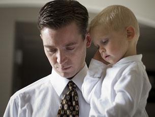 Dois dos homens que realizaram a cirurgia de reversão de vasectomia já são pais Foto: Arquivo JPN