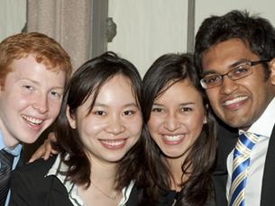 O GBCC conta com a participação de estudantes universitários de doze a catorze países diferentes Foto: University of Washington