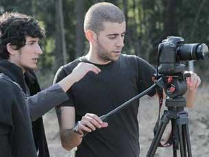 André Guiomar durante a gravação do filme de Paulo Neves, Cucujães, O Centro do Meu Mundo Foto: DR