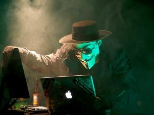 Há cerca de 15 anos que os ataques informáticos tem um propósito maioritariamente financeiro Foto: Brian Klug/Flickr