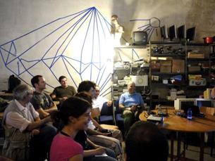 O Hacklaviva pretende criar uma rede wireless aberta e de livre acesso na cidade do Porto Foto: Hacklaviva