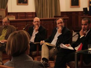 O painel foi composto por jornalistas conceituados da imprensa e televisão Foto: Tiago Leão