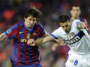 Messi fez de tudo para marcar na baliza de Júlio César Foto: FIFA