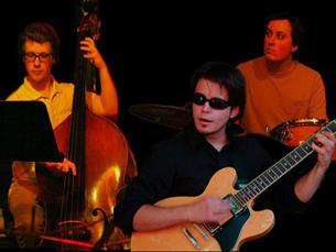 Trio Azul é a banda mais internacional do ciclo, que este ano se faz em português Foto: DR
