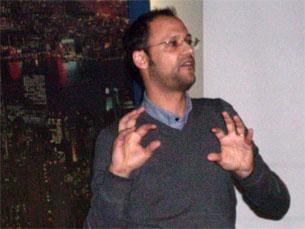 João Canavilhas diz que o excesso de informação da Web é uma dificuldade acrescida para os jornalistas Foto: Arquivo JPN