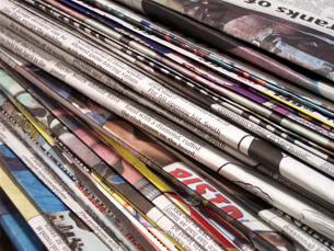O poder económico e político, a falta de fundos e a dependência de agências, condicionam a liberdade de imprensa Foto: Arquivo JPN