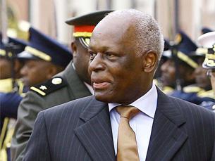 """José Eduardo dos Santos referiu a necessidade que Angola tem de """"uma Constituição moderna"""" Foto: Ricardo Stuckert / Agência Brasil"""